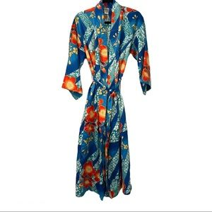 Natori belted robe size small